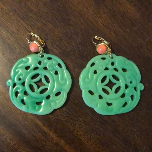 Jewelry - Green Asian motif earrings.